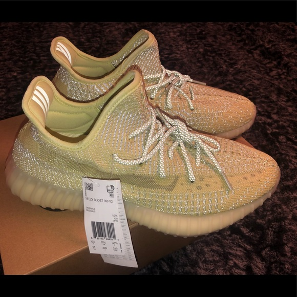 adidas Shoes   Yeezy Boost 35 V2